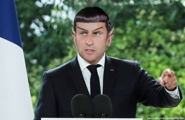 Le dessin du jour (humour en images) - Page 27 Macron_armee_siderale_Spock